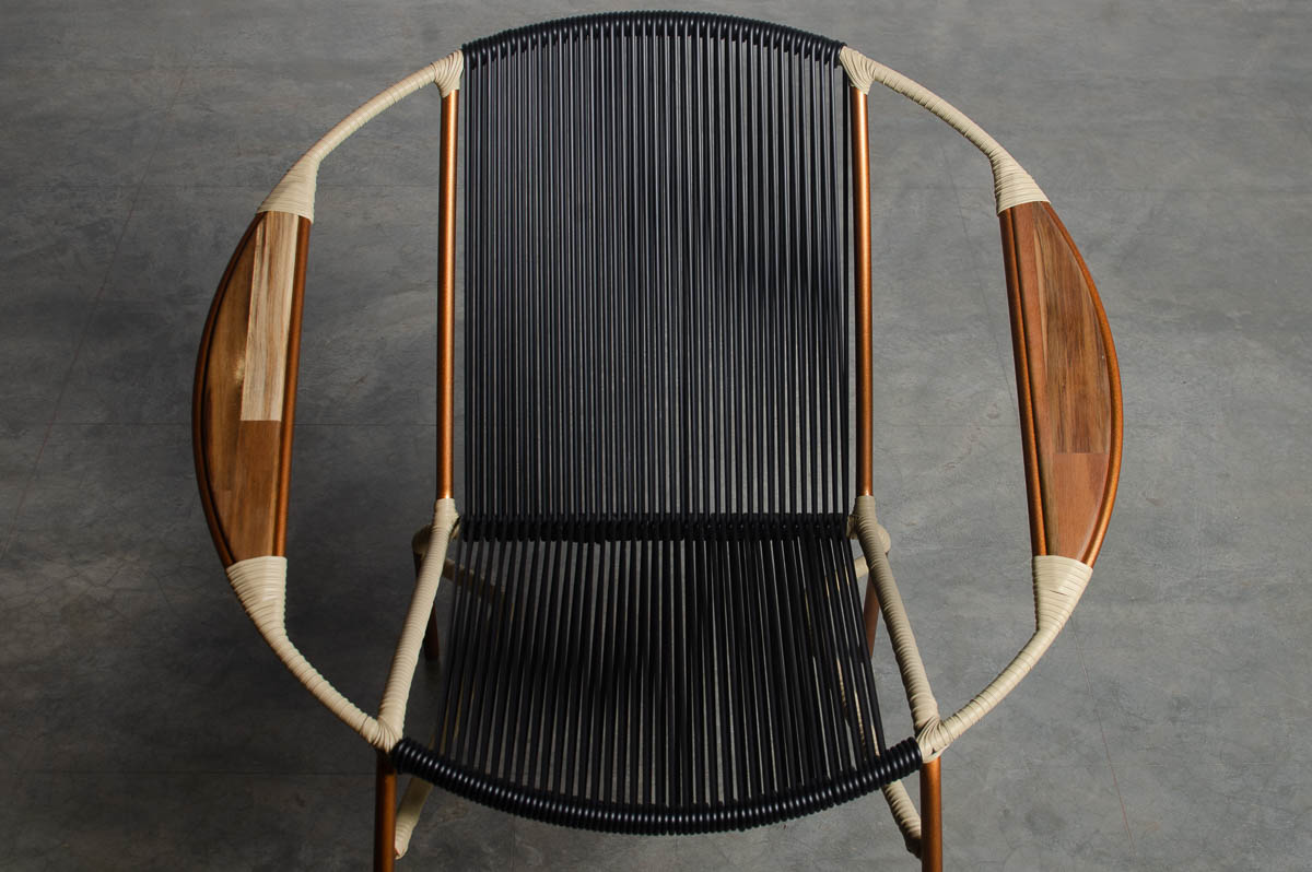 Solido Rocking Chair - Black With Beige Arms